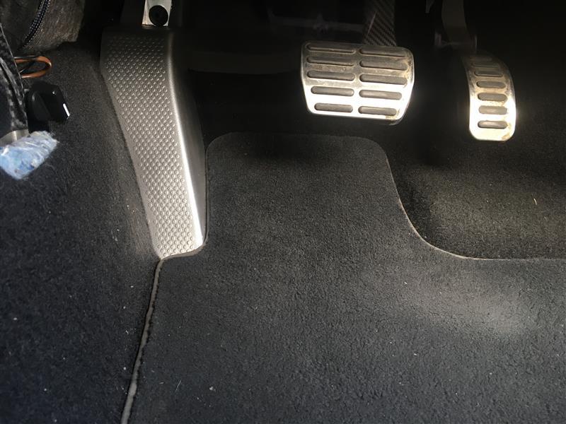 VW  / フォルクスワーゲン純正 フットレスト