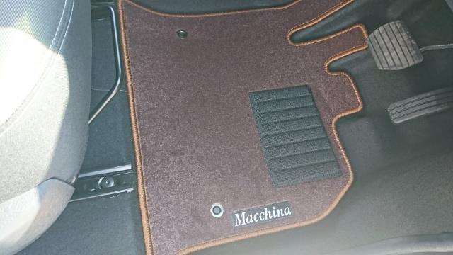 マッキナ オリジナルフロアマット