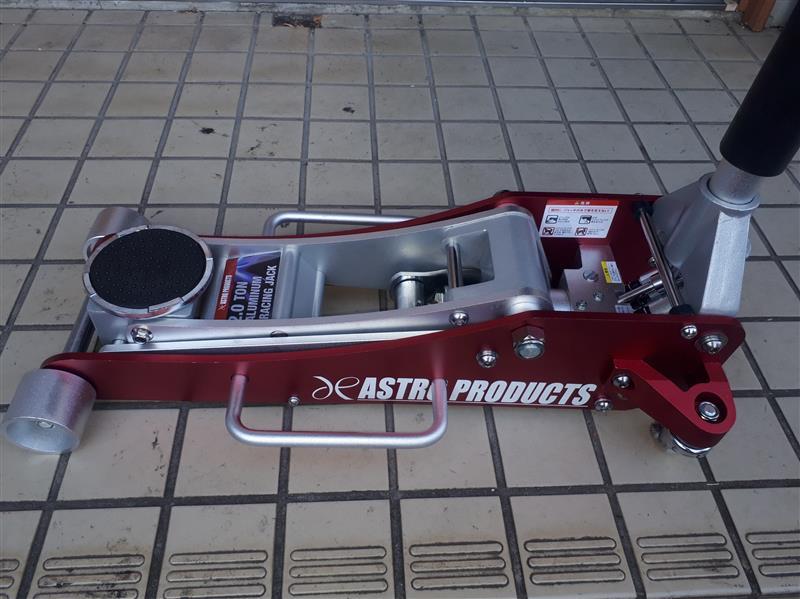 ASTRO PRODUCTS 2tonアルミレーシングジャッキ