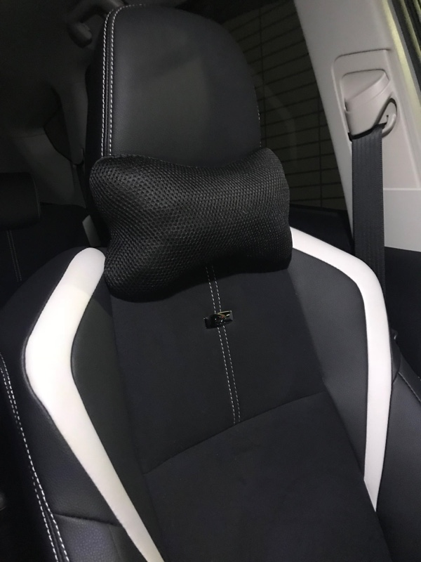 SERIA 車内用ネッククッション