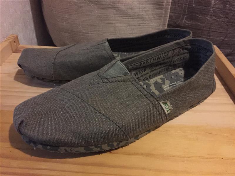 TOMS 靴