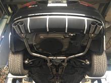 RS6 (セダン)SUXON RACING ワンオフストレートマフラーの単体画像