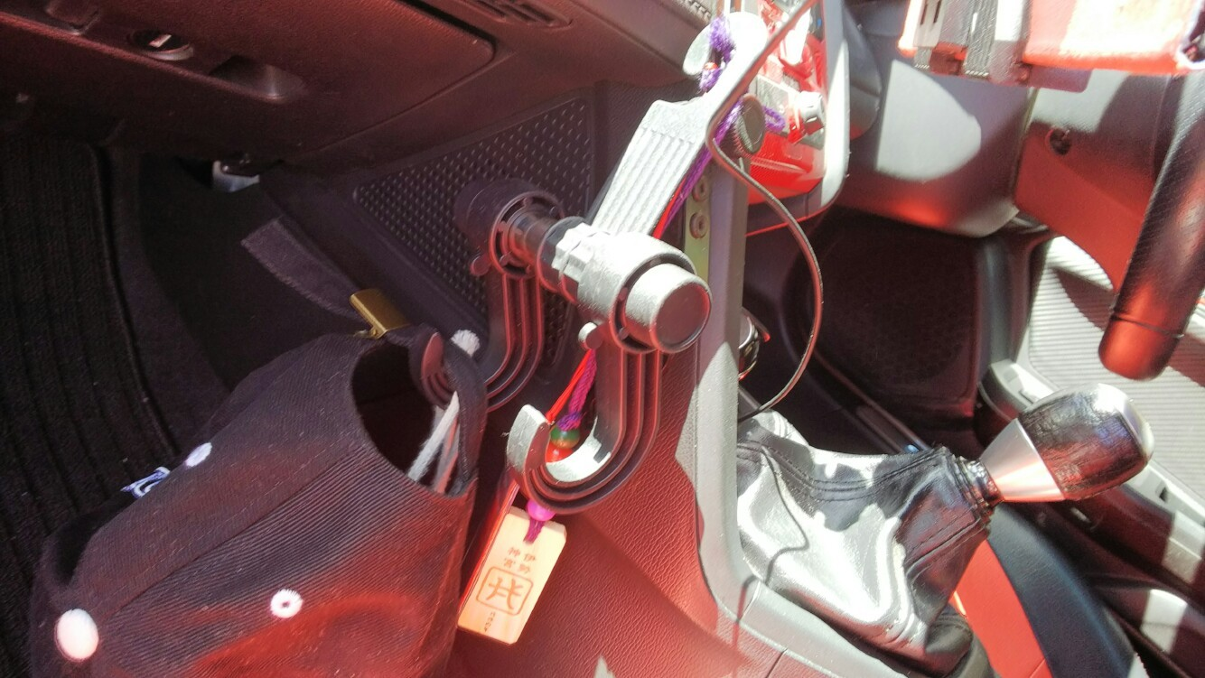 DAISO CAR SEAT HOOK ツーフック