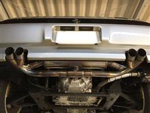 348MSレーシング マフラーの単体画像