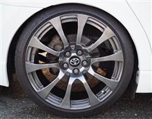 アベンシスワゴン某車種 純正ホイールの単体画像