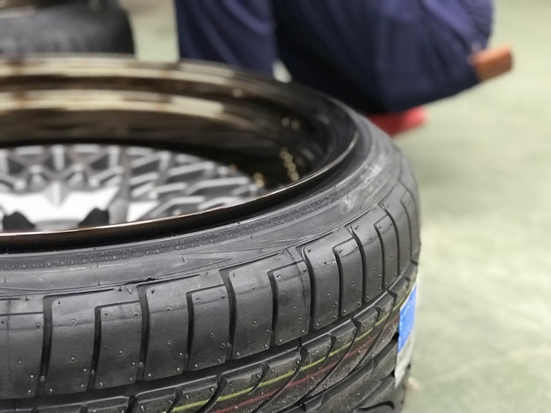 インドネシアタイヤメーカー Pinso Tyres PS-91 235/35R19