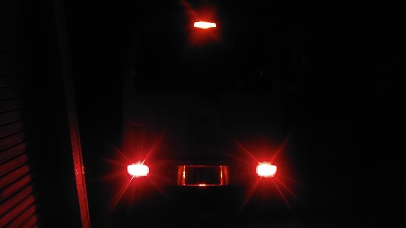 不明 LEDナンバーフレーム