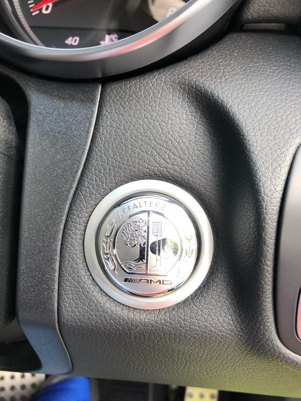 不明 AMGエンジンスタートプッシュボタン