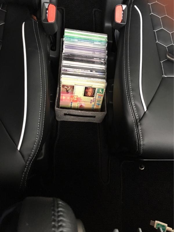 ダイソー 車用CDケース