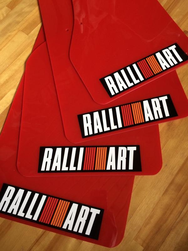不明 Rally Mudflaps Red