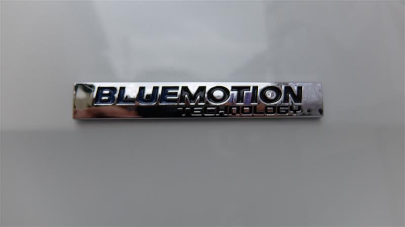 VW(純正)  ブルーモーションテクノロジーエンブレム