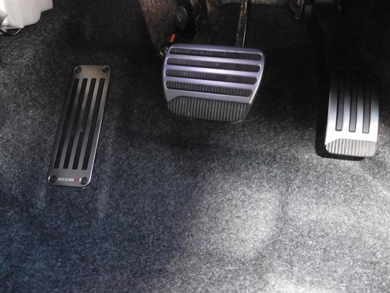 NISMO e-POWER NISMO 専用アルミ製アクセル・ブレーキペダル・フットレスト
