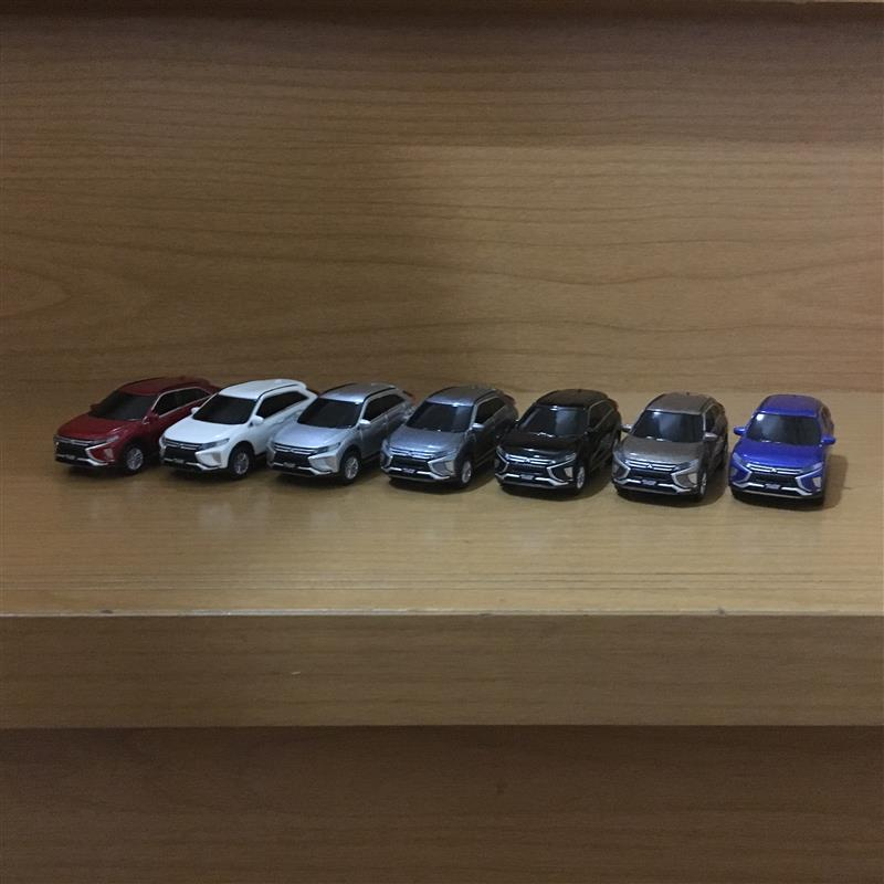 三菱自動車 ECLIPSE CROSS  ミニカー7台セット
