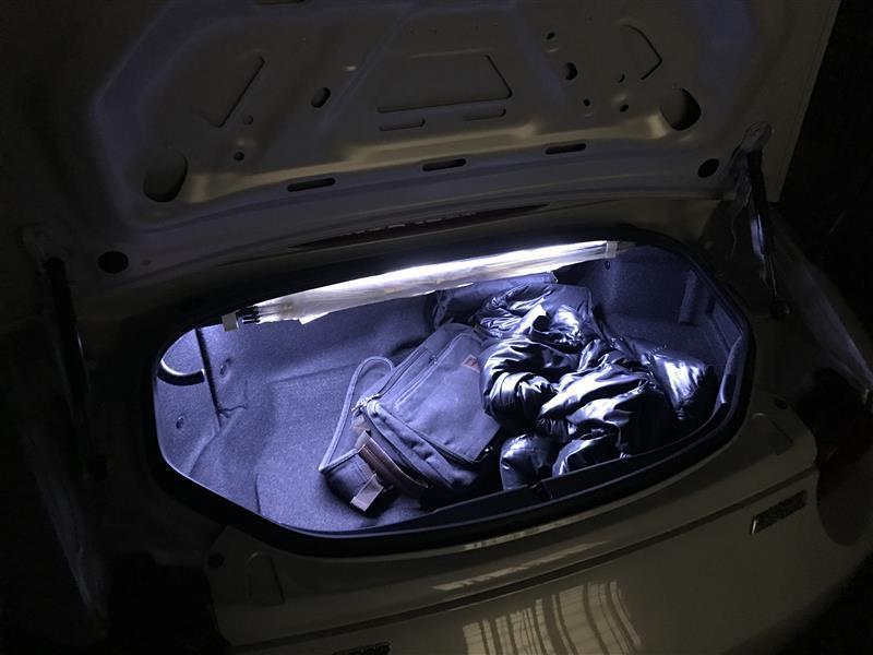 MAZPARTS マツダ車専門・輸入&オリジナルパーツ トランク・ラゲッジルーム用シリコンチューブLED(フェストン可変アダプタ付き)
