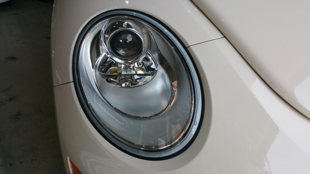 VW  / フォルクスワーゲン純正 純正ヘッドライト
