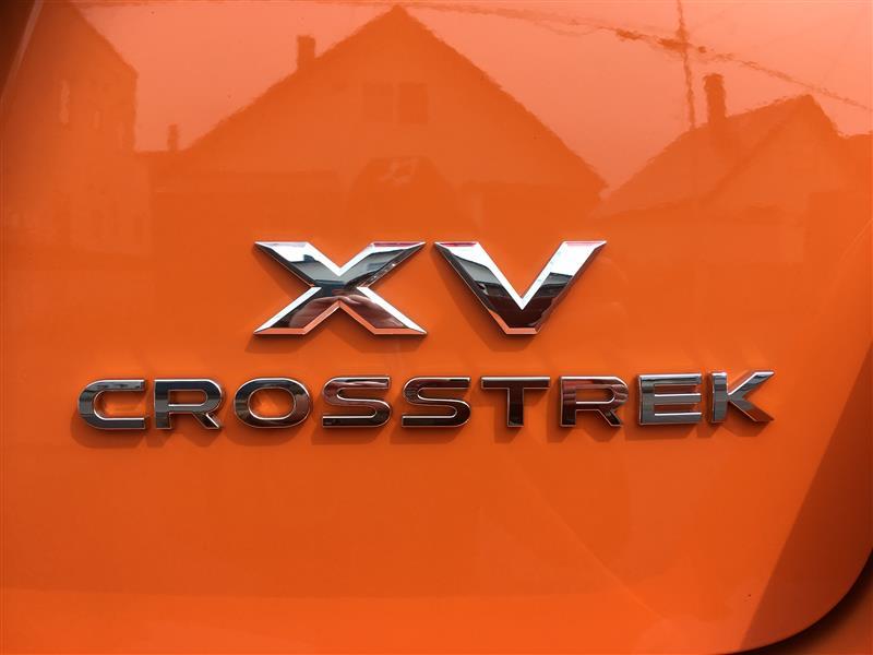 "USスバル純正  ""Crosstrek"" リアエンブレム"
