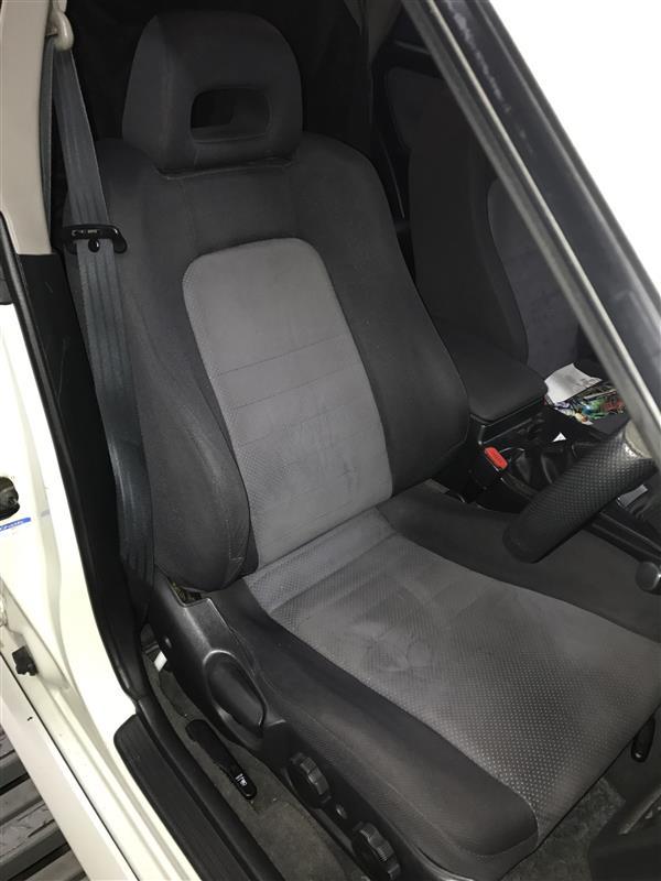日産(純正) WGNC34 RS FOUR S 専用純正シート