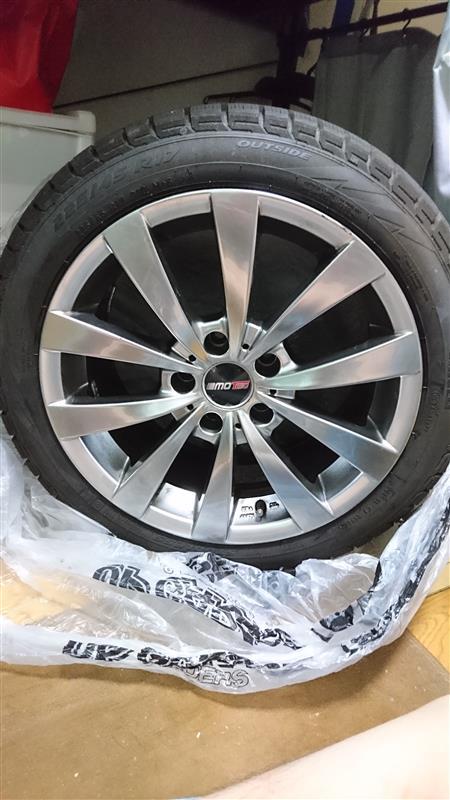MOTEC Wheels GLEN 17インチ 8J