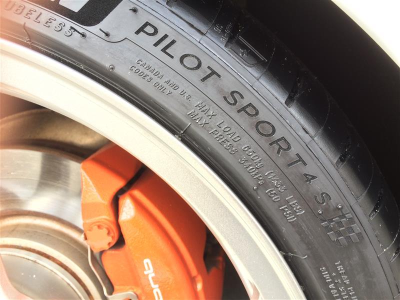 MICHELIN Pilot Sport PILOT SPORT 4S 245/35ZR19