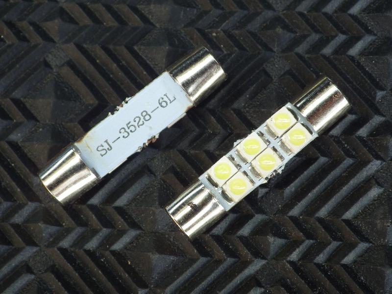 メーカー・ブランド不明 T6.3×31 6連LED