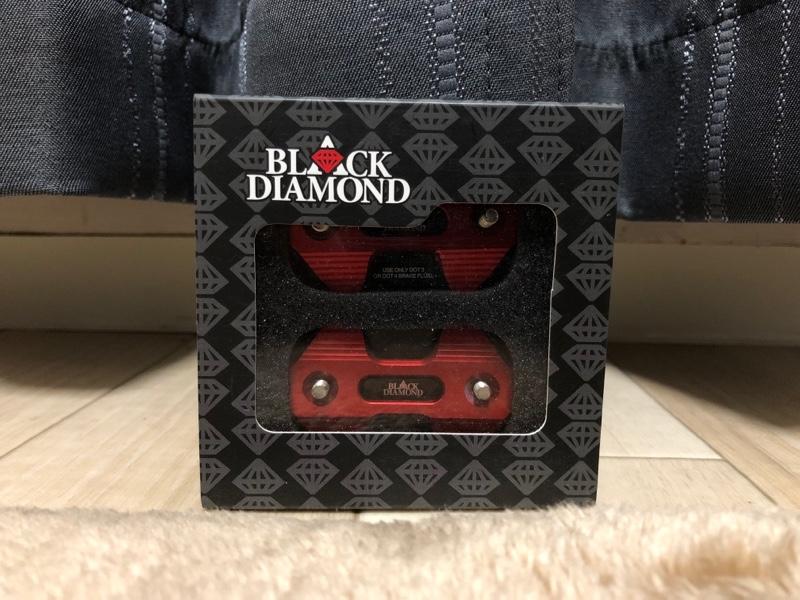 BLACK DIAMOND/ NMAX マスターシリンダーキャップ CNC黒赤(RED)