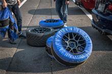M3 クーペApex Race Parts ARC-8 Wheelの全体画像