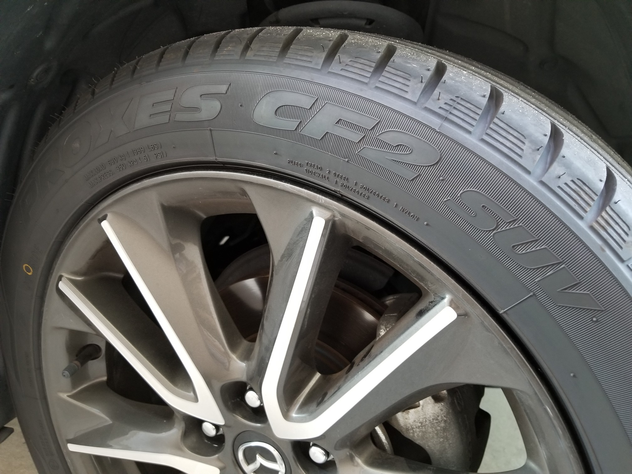 TOYO TIRES PROXES CF2 SUV 215/50R18