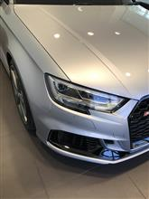 RS3(セダン)Audi純正(アウディ) マトリックスヘッドの単体画像