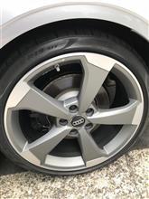 RS3(セダン)Audi純正(アウディ) アルミホイール5アームローターデザインマッドチタンルックの単体画像
