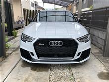 RS3(セダン)Audi純正(アウディ) RS3 セダンの単体画像
