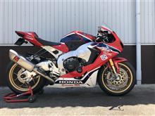 CBR1000RR SPAkrapovič  Racing Line (Titanium) S-H10R8-APLTの単体画像