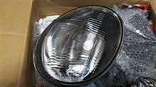 ミニカ三菱自動車(純正) ヘッドライトの単体画像