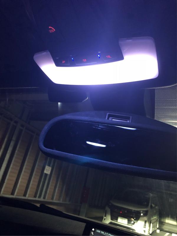 ワンオフ LEDルームランプ、リアゲートランプ