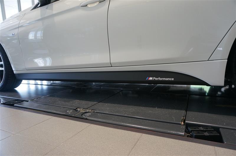 BMW(純正) Mパフォ サイドスカートフィルム