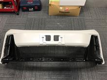 トヨタ(純正) GRスポーツ専用フロントバンパーの単体画像