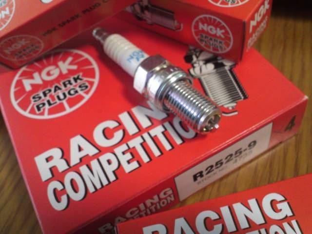 NGKスパークプラグ / 日本特殊陶業 RACING COMPETITION R2525-9