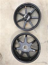 ムルティストラーダ1200Sメーカー・ブランド不明 マジカルレーシングカーボンホイルの単体画像