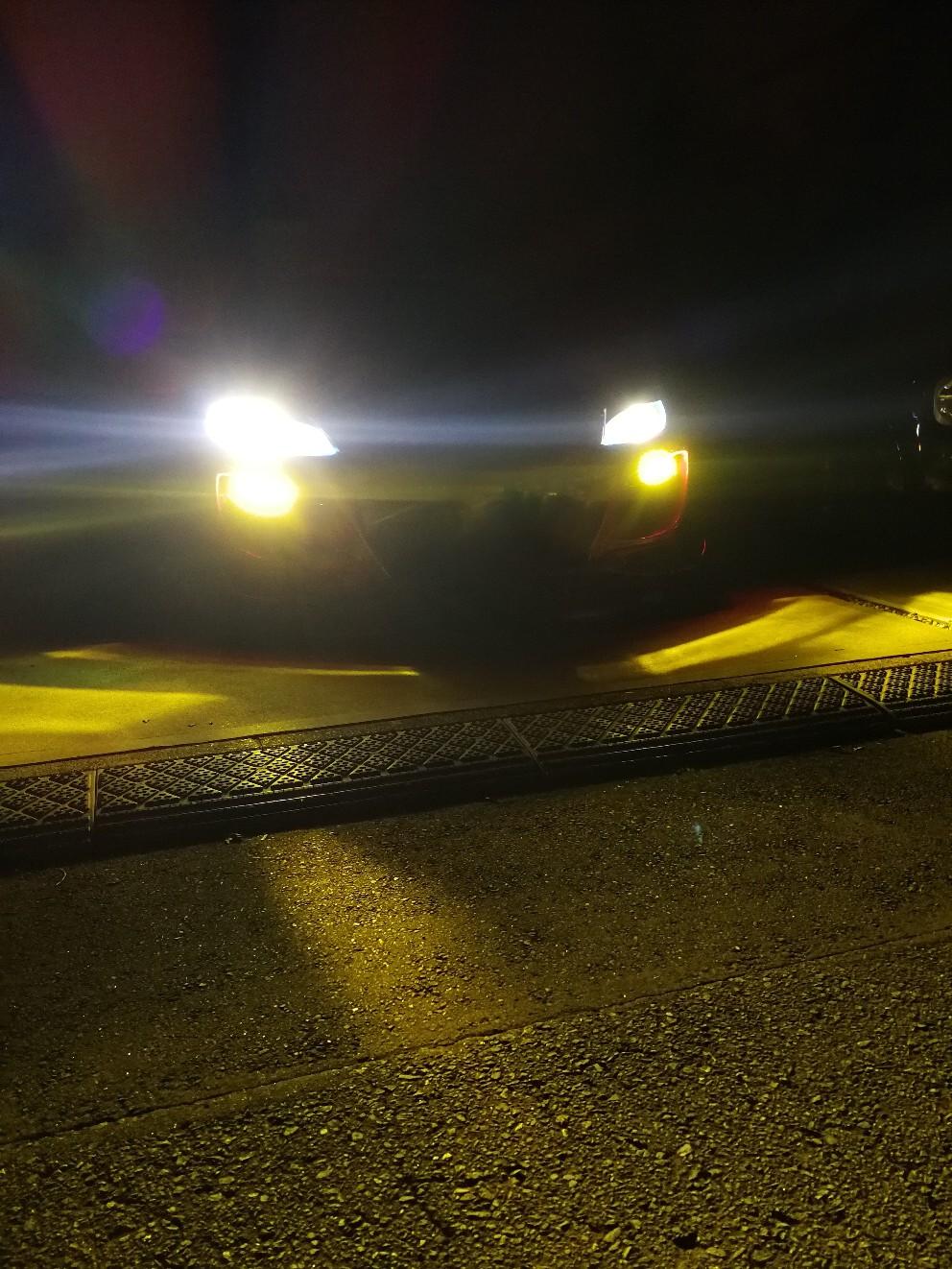 VELENO 世界で一番明るいLEDヘッドライト