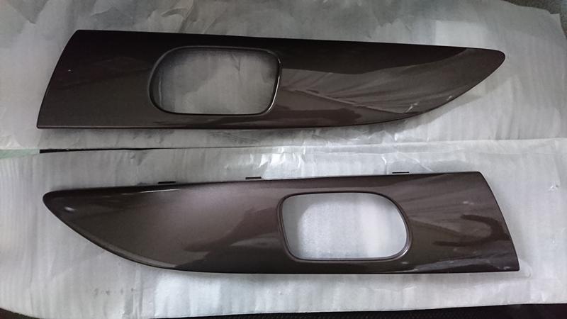 ホンダ(純正) N-BOX 2トーンカラースタイル ブロンズ フロントドアガーニッシュ