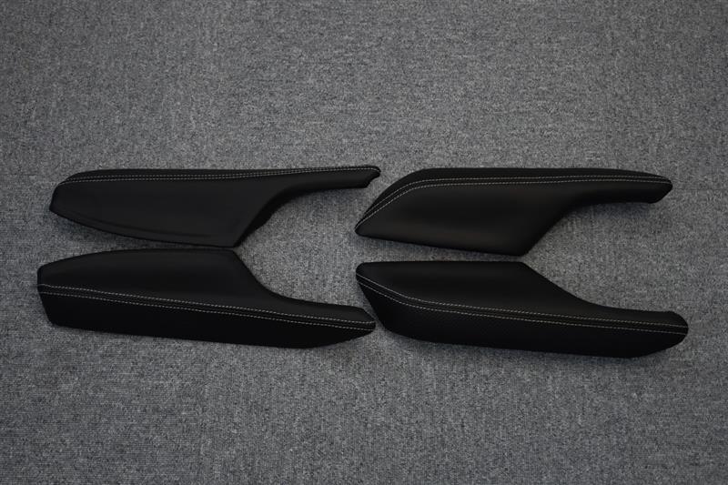 Leather Custom FIRST ドアアームレスト革張り加工(一台分)