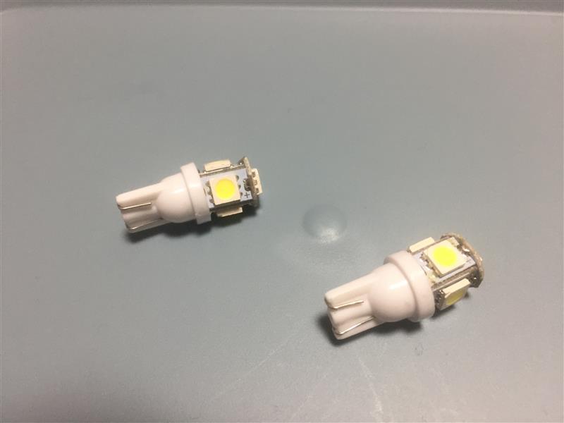 非公認 T10型LEDバルブ