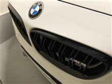 M2 クーペBMW(純正) BMW M Performanceブラック・キドニー・グリルの単体画像