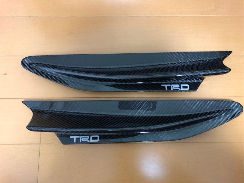 TRD / トヨタテクノクラフト フロントフェンダーガーニッシュ