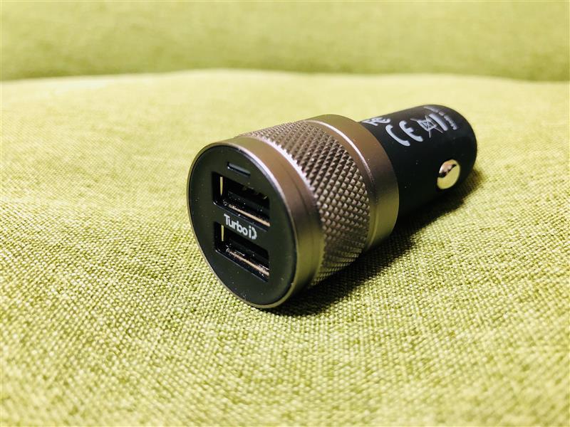 WICKED CHILI シガーソケット USB カーチャージャー 4800mA