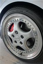 911 (クーペ)ポルシェ(純正) スピードライン製18インチホイールの単体画像