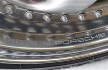 911 (クーペ)ポルシェ(純正) スピードライン製18インチホイールの全体画像