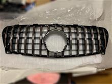 GLAクラスCARBONART パナメリカーナ グリル(AMG GT R)の単体画像