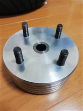 マジェスティ125オリジナル品 4輪ホイール用ハブの単体画像