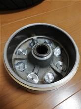 マジェスティ125オリジナル品 4輪ホイール用ハブの全体画像
