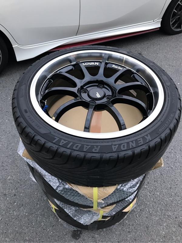 YOKOHAMA ADVAN Racing RS-D